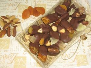 Frutas secas com chocolate