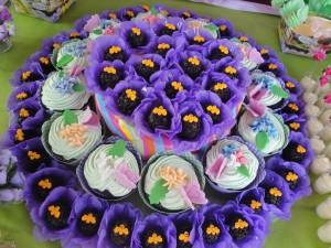 Brigadeiros e cupcakes
