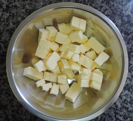 manteiga cortada